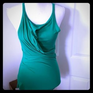 UNITED COLOR OF BENETTON HALTER NECK TOP.